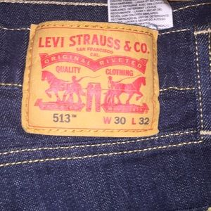 Levi 513 jeans beautiful hemmed to a 28 length